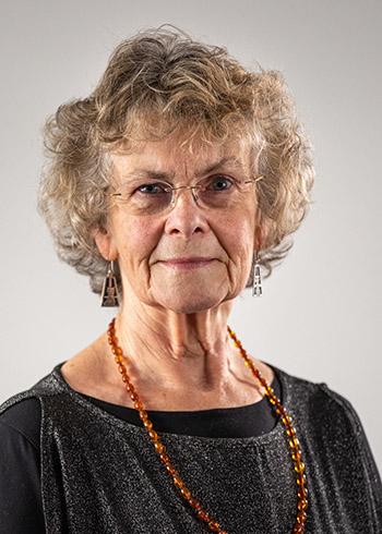 Lynda Allen Community Governor